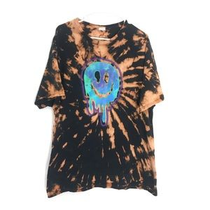 CUSTOM TIE DYE TRIPPY SMILE FACE T-SHIRT